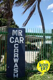 Auto wassen op Curacao