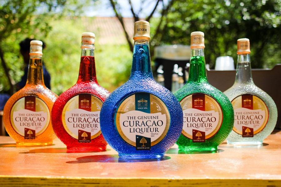 Blue Curacao proeven bij Landhuis Chobolobo