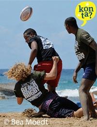 Rugby spektakel op het strand